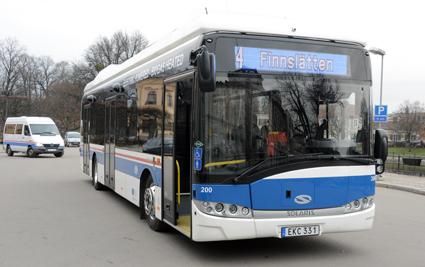 En av Solaris´ batteribussar går i trafik i Västerås. Foto: Ulo Maasing.