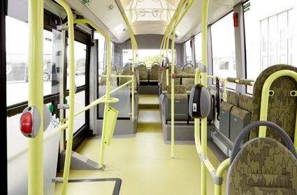 Intriören är påfallande luftig och ljus. Foto: Volvo Bussar..