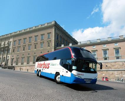 Slipper straffskatt tills vidare. Interbus är ett av många bussföretag som har gått över till att köra fossilfritt med HVO i tankarna. Nu har regeringen skjutit upp sin straffbeskattning av miljöbränslet till 2017. Foto: Ulo MAasing.