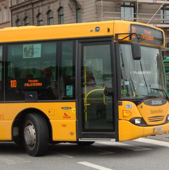 Skånetrafiken betalar 30 000 kronor i skadestånd till en kvinna som kränkts av en bussförare. Arkivbild: Ulo Maasing.