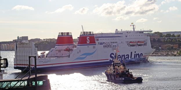 Stena Jutlandica gick för egen maskin till varv i Danmark på måndagskvällen. Foto: Stena Line.