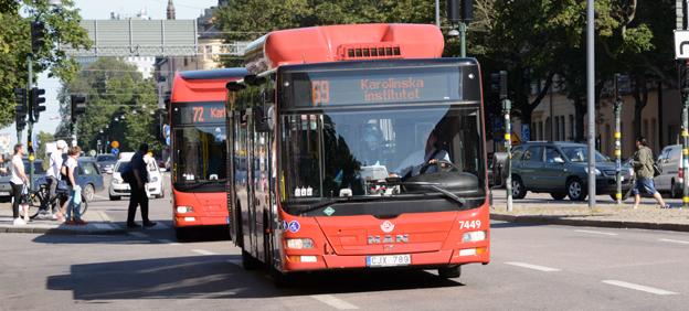 Allt fler resenärer skadas på bussar i Storstockholm enligt Transportstyrelsens statistik. Arkivbild: Ulo Maasing.
