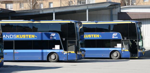 Regeringens förslag på höjd dieselskatt slår mot bussföretagens lönsamhet och möjligheterna att öka kollektivtrafiken, menar Sveriges Bussföretag. Foto: Ulo MAasing.