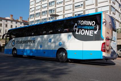 Flera mindre, privata bussföretag i Frankrike har gått samman i expressbussbolaget Starshipper med ett omfattande linjenät. Foto: