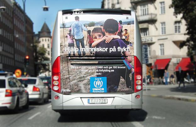 På initiativ från en av sina förare engagerar sig nu Flygbussarna för att hjälpa flyktingar. Foto: Flygbussarna.