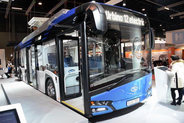 Solaris premiärvisar nya Urbino 12 electric på Busworld. Foto: Ulo Maasing.
