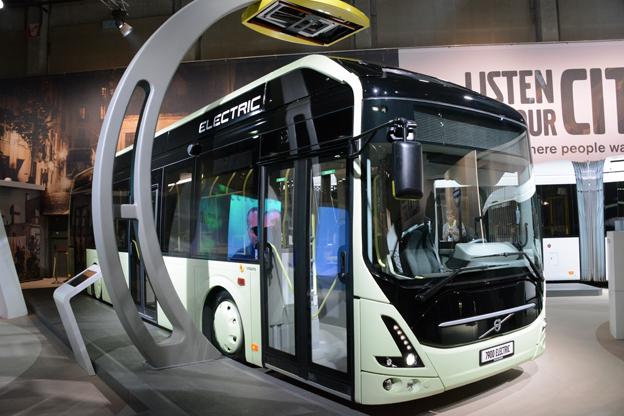 Volvo premiärvisar Volvo 7900 Electric på Busworld. Därmed är Volvos elbuss klar för serietillverkning. Foto: Ulo Maasing.
