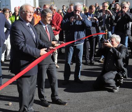 På fredagen invigdes en ny, stor biogasanläggning på Södertörn, söder om Stockholm. Bandklippare var energiminister Ibrahim Baylan(S) och förre statsministern Göran Persson.