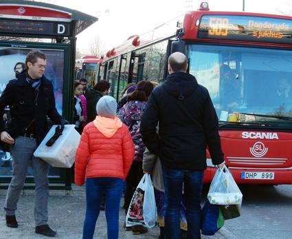 Fler skulle resa med kollektivtrafiken om biljettpriserna differentierades. Foto: Ulo Maasing.