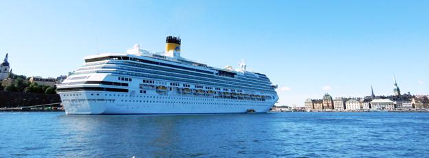 Kryssningsfartyget Costa Pacifica på Strömmen i Stockholm i augusti i år. Foto: Ulo Maasing.