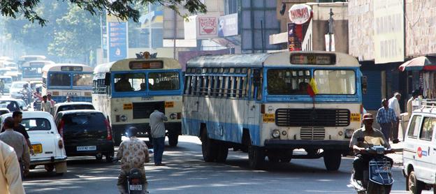 150 000 dieselbussar i Indien ska ersättas av batteribussar. Foto: Ulo Maasing.