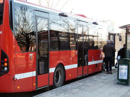 Nu är det helt klart –133 busslinjer i Storstocholm får trafiken bantad eller nerlagd. Foto: Ulo Maasing.
