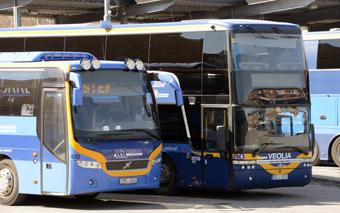 Från nästa sommar försvinner möjligheterna att betala med kontanter på de bussar som kör för Länstrafiken i Västerbotten. Foto: Ulo Maasing.