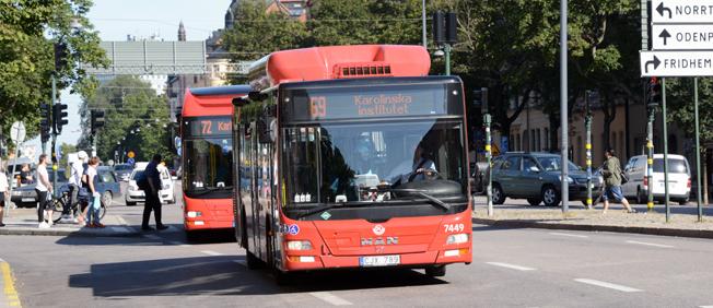 Samtliga bussar i SL-trafiken ska få maskinell utrustning för avläsning av mobilbiljetter. Foto: Ulo Maasing.