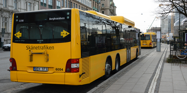 Särkrav på miljköteknik i samband med upphandlingar av busstrafik är dyrare än väntat. Oftast gäller kraven biogasbussar. Foto: Ulo Maasing.