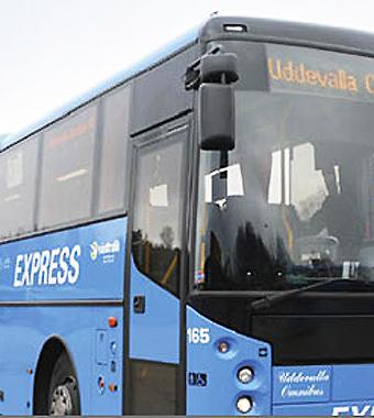 Uddevalla Omnibus tvingas göra sig av med 38 tjänster. Foto: Uddevalla Omnibus.