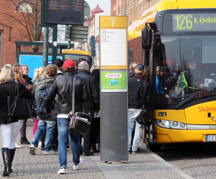 Biljettpriserna i svensk kollektivtrafik har ökat mycket lite under det senaste året. Foto: Ulo Maasing.
