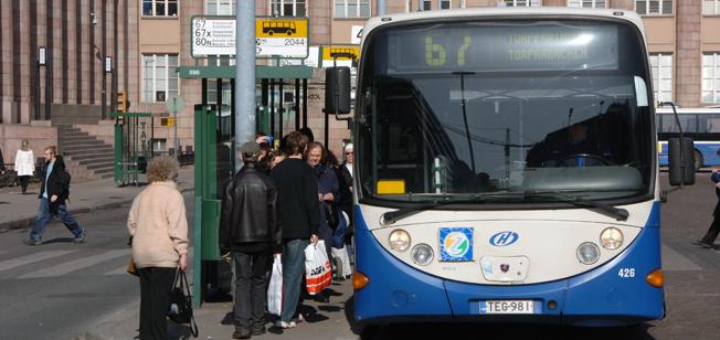 Kollektivtrafiken i de finska städerna kan komma att öppnas för fri konkurrens redan i sommar. Arkivbild: Ulo Maasing.