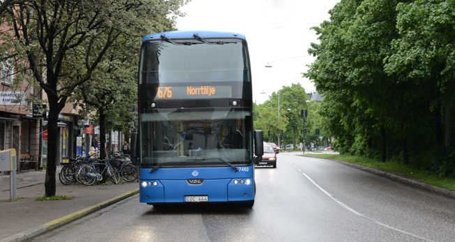 En SL-buss på väg från Stockholm till Norrtälje genom flera zoner –men hur många ombord har rätt biljett? Foto: Ulo Maasing.