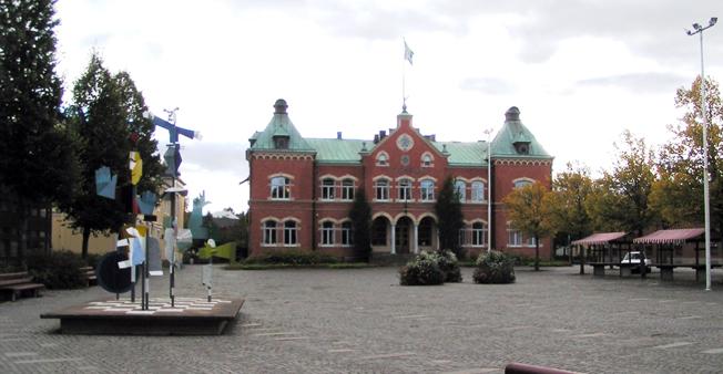 Värnamo kan få elbusstrafik 2017. Bilden: Torget i Värnamo. Foto: Salinator01/Wikimedia Commons.