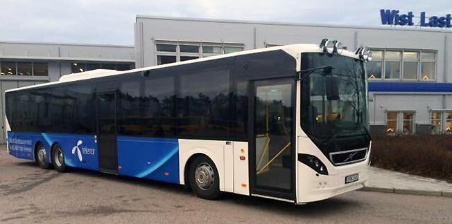 Wist i Uppsala levererade nylige den här bussen tikll Sälen Buss. Nu avstår personalen inom Wist Last & Buss sina julgåvor från företaget till förmån för välgörenhet. Foto: Wist Last & Buss Uppsala.