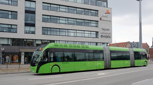 Superbussar är för dyra för Förbifart Stockholm anser tjänstemän i Stockholms läns landsting. Foto: Ulo Maasing.