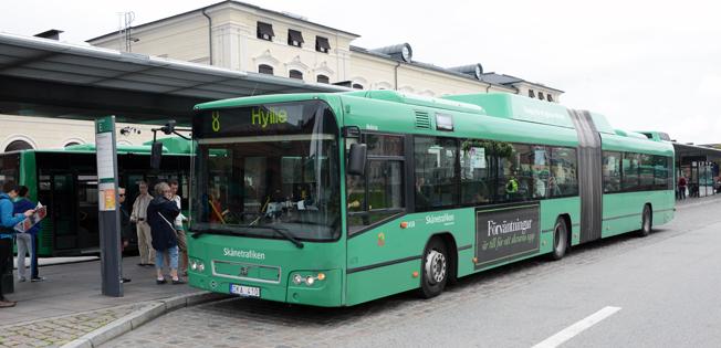 Under året ska det på nytt bli möjligt att betala med kredit- och betalkort på bussarna i Skåne. Foto: Ulo Maasing.
