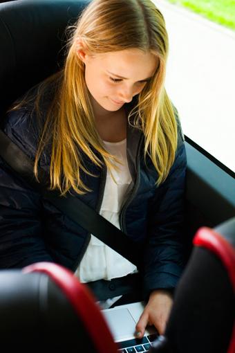 Bältesanvändningen ökar bland expressbussresenärerna. Foto: Swebus.