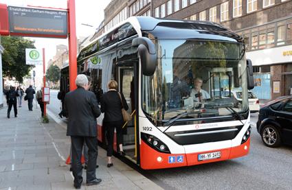 Hamburgs bötessystem för fuskåkare kan bli förebild för Storstockholm. Foto: Ulo Maasing.