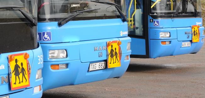 Busstrafik och skolbussar i Kungsbacka ska upphandlas. Kommunal kräver att personalövertagande ska bli ett krav i upphandllngen. Foto: Ulo Maasing.