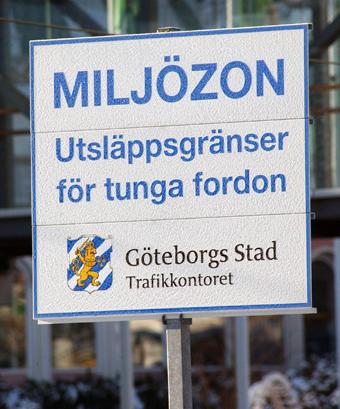Transportstyrelsen arbetar just nu med att se över miljözonsreglerna. Förslag till nya regler kommer i september. Foto: Ulo MAasing.