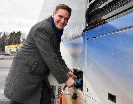 Busstillverkaren VDL har rekryterat finländaren Sami Ojamo som chef för bolagets elbussverksamhet i Sverige, Finland och Norge. Foto: VDL.