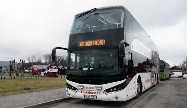 Genom att bussen är 4,20 meter hög får man på båda våningarna en lägsta ståhöjd för passagerarna på 1,84 meter. Foto: Ulo Maasing.