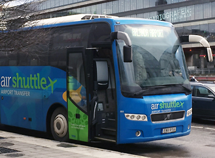 När Gotlandsbolagets dotterbolag la ner flygbusstrafiken i Stockholm struntade man i de regler som gäller för kommersiell linjetrafik. Foto: Ulo Maasing.
