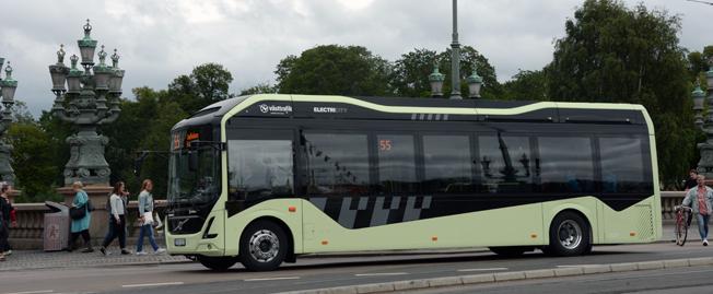 Regeringens elbusspremie ska gå till operatörerna, inte kollektivtrafikmyndigheterna, anser trafikförvaltningen i Stockholms läns landsting. Foto: Ulo Maasing.