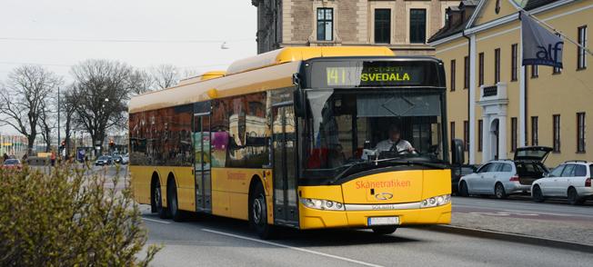 Allt fler tar bussen i Skåne. Foto: Ulo Maasing.
