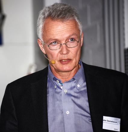 Peter Danielsson, ansvarig för fordonssäkerhet vid Volvo Bussar: Systemet befriar föraren från många stressfaktorer och påfrestningar. Foto: Ulo Maasing.