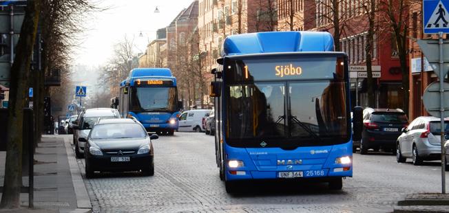 Nästan fyra år efter att upphandlingen först avgjordes tar Nobina över busstrafiken i Borås. Foto: Ulo MAasing.