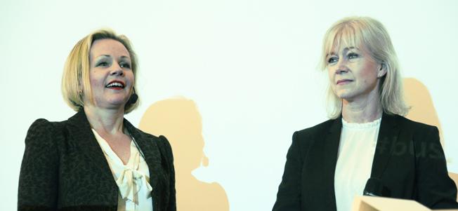 Sveriges Bussföretags båda vice vd:ar, Anna Grönlund och Ulrika Egervall välkomnade till årets Busstorg på Örenäs Slott.