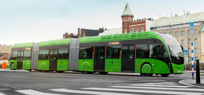 SkåneExpressen är Sveriges hittills enda någorlunda BRT-liknande bussinje. Regeringens framtidsgrupp vill ha en ökad satsning på BRT. Foto: Karl-Johan Hjertström.