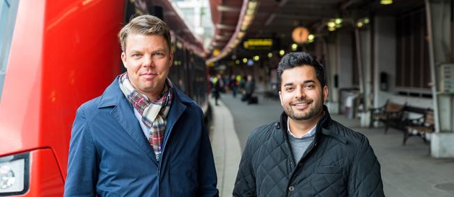 Får däng av Taxiförbundet: Johan Söör, vd för MTR Express (till vänster) och Alok Alström, Sverigechef för Uber. Foto: MTR Express.