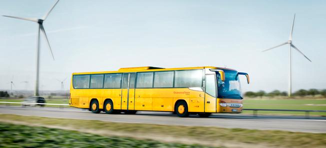 Hittills i år har Skånetrafiken tagit emot 160 klagomål på förare som använder mobilen medan de kör. Arkivbild: Karl-Johan Hjertström.