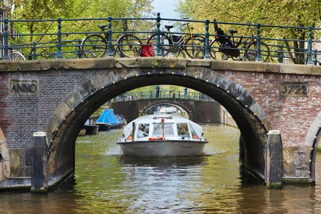 Strömma köper det ledande sightseeingföretaget på Amsterdams kanaler. Foto: Strömma.