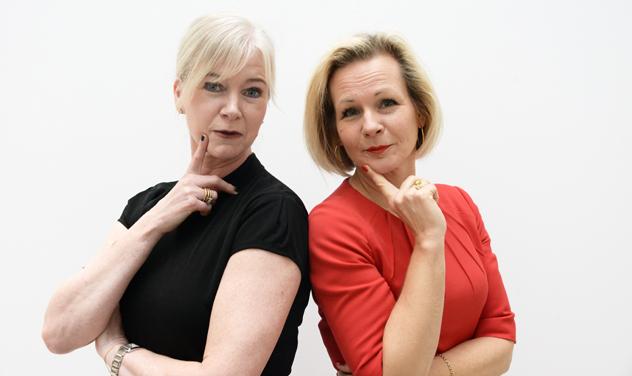 Ulrika Egervall och Anna Grönlund från Sveriges Bussföretag möter nu Svenskt Näringslivs vd Peter Jeppsson. Foto: Ulo Maasing.