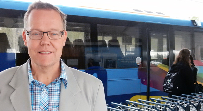 Umeås kollektivtrafikchef Fredrik Forsell kan glädjas åt en stark resandeökning och ökad självfinansieringsgrad i stadstrafiken. Foto: Ulo Maasing.
