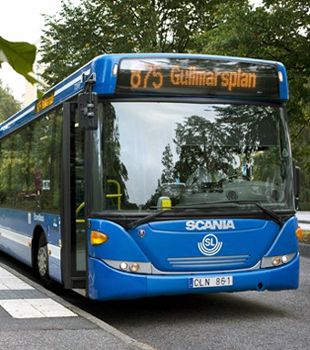 Nobina får nej till kontroversiella nerdragningar av direktlinjer söder om Stockholm. Bild: SLL.
