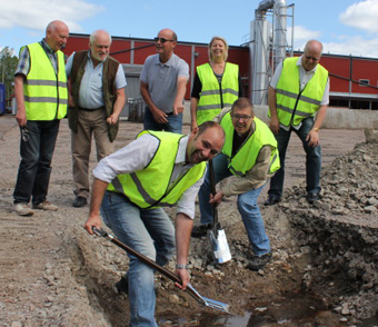 Gästrike Ekogas styrelse tog på onsdagen det första spadtaget till den biogasanläggning som ska stå klar våren 2017.