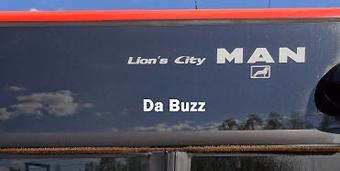 Popgruppen Da Buzz rullar nu runt i Karlstad. Foto: Karlstadsbuss.