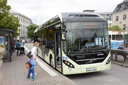 Luxemburg köper elhybrider från Volvo av samma typ som bland annat trafikerar linje 55 i Göteborg. Foto: Ulo Maasing.
