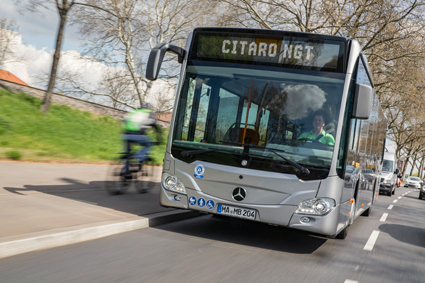 Lokaltrafiken  i Madrid har beställt 82 Mercedes-Benz Citaro NGT. Foto: Daimler Buses.